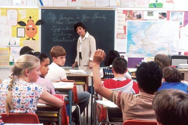 Luftreiniger im Klassenzimmer - Die Raumluftreiniger von Galuft helfen gegen Viren in Schulen